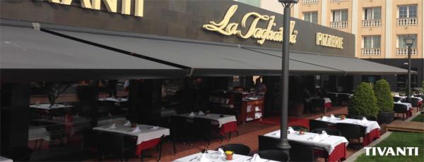 Box awning - La Tagliatella restaurant