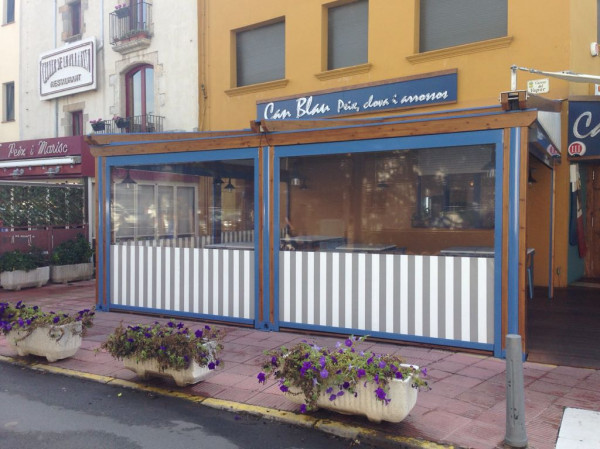 Rainy awning pergola Med Country Elite - Can Blau restaurant