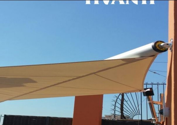 Veles motorizadas en un ático particular en Valencia